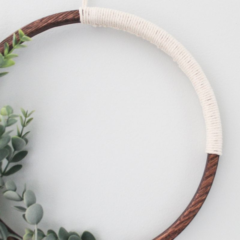 close up of macrame section of the simple modern wreath